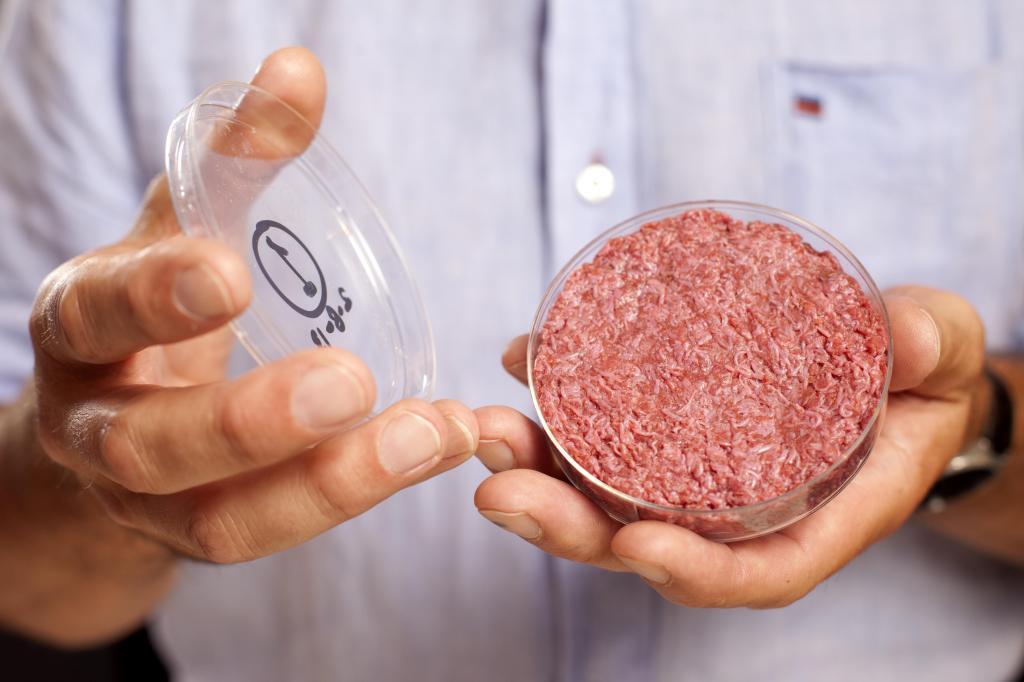 Искусственное мясо - уже не инновация: в 2020 году россияне потратили на это 2,6 млрд рублей