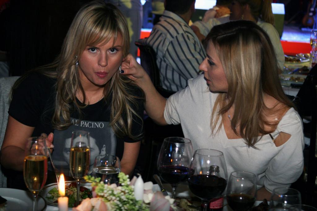 Проверено годами: Татьяна Навка поздравила Анну Семенович с днем рождения, напомнив о многолетней дружбе