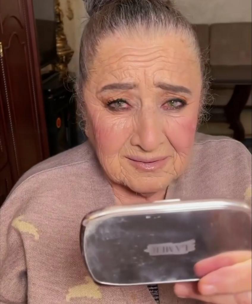 Помолодела на пару десятков лет: как макияж способен преобразить женщину старше 80