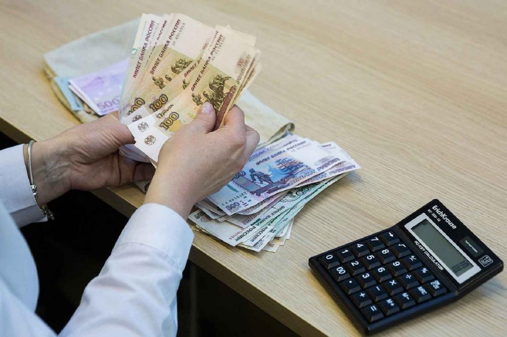 Раз в год россияне могут получить выплату от государства. Об этом рассказал юрист Егор Редин