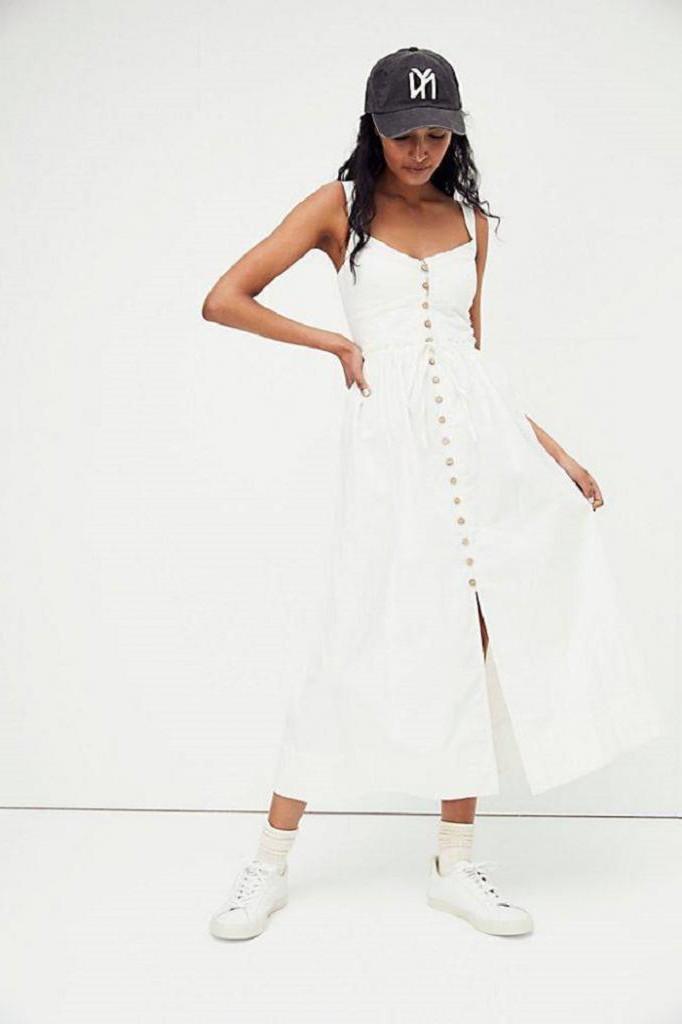 С длинными рукавами и не только: 8 моделей платьев, которые будут на пике популярности этой весной