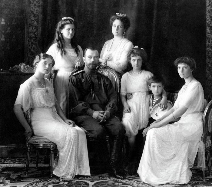 Николай Второй и его семья приняли мученическую смерть