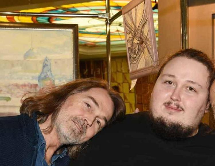 «Узнать невозможно»: сын Никаса Сафронова резко похудел ради съемок в «Брате-3»