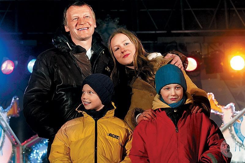 Почему Алексей Серебряков пожертвовал возможностью иметь кровных детей и воспитывает приемных