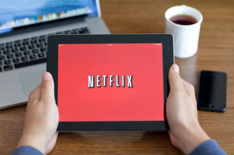 Как запретить Netflix автоматически воспроизводить трейлеры