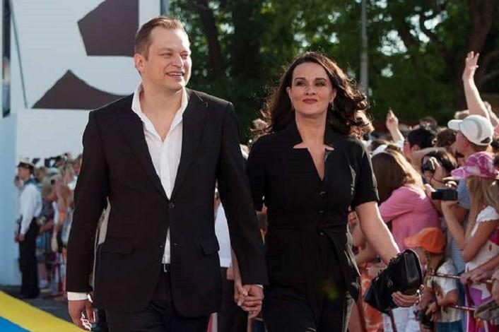 Долгие годы Анатолий Кот скрывал роман с известной актрисой: сейчас она его жена