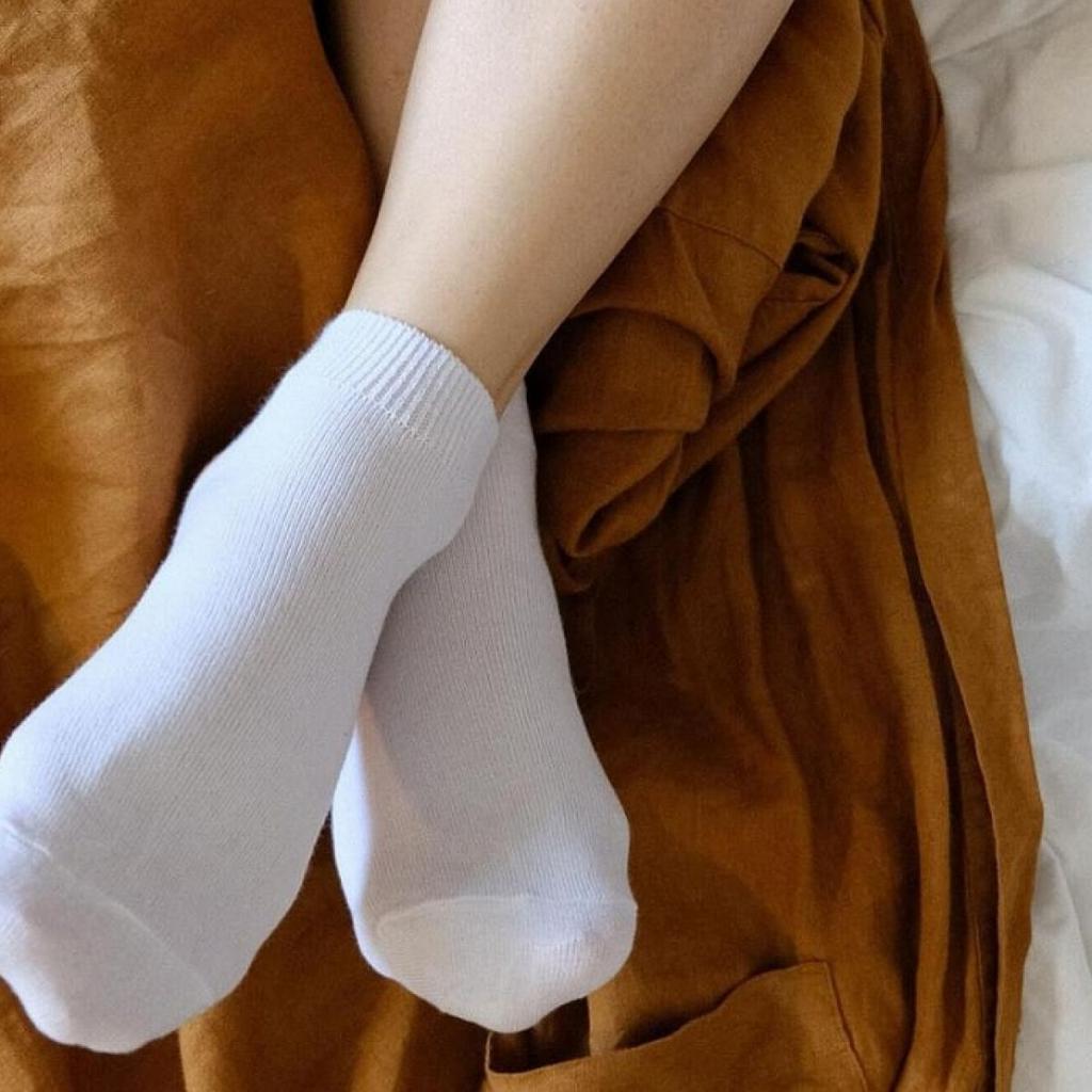 В Сети опубликовали любопытный патент Apple. В нем описаны фирменные носки, которые помогут распознавать прикосновения в виртуальной реальности