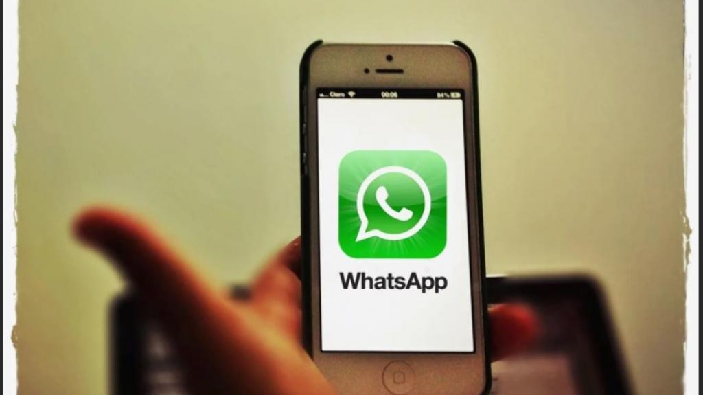В последнем обновлении мессенджера WhatsApp разработчики исключили поддержку iOS версии 9