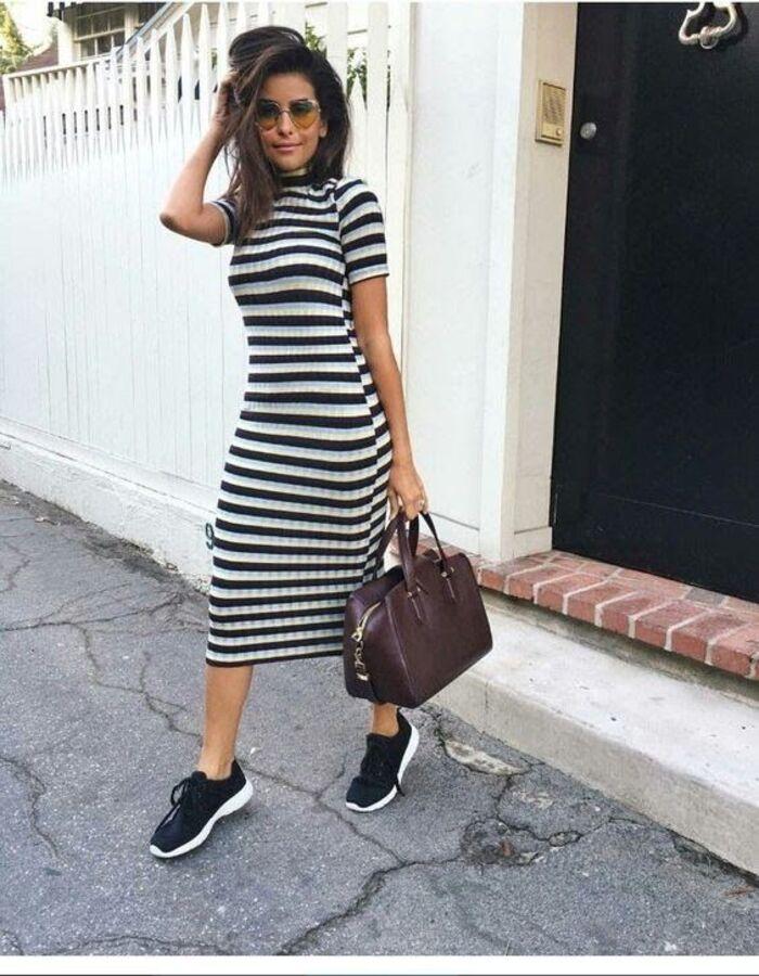 Элегантно и стильно: лучшие идеи повседневных нарядов для 40-летних женщин в стиле самых трендовых тенденций этой весны