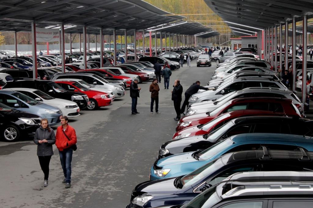 """С 1 мая """"Госуслуги"""" станут местом, где россияне смогут приобрести подержанный автомобиль"""