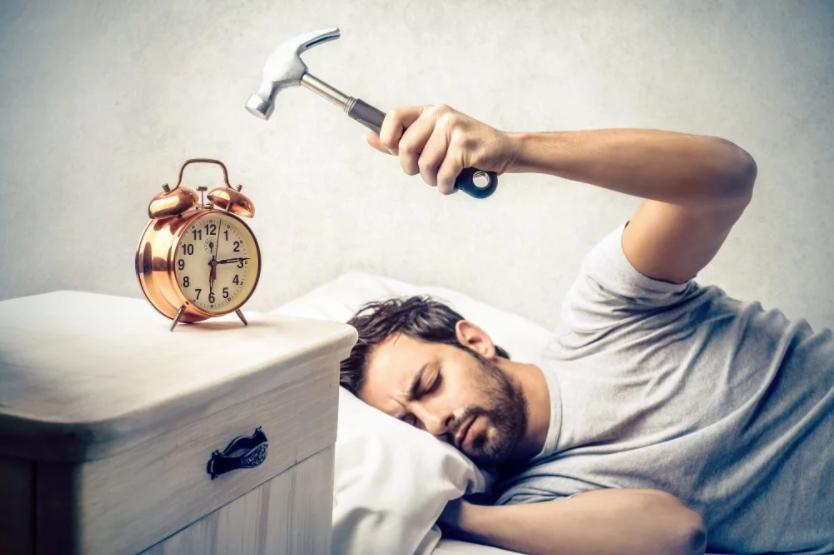 Эксперт по сну Энн Шивас дала несколько советов, как улучшить сон и всегда высыпаться