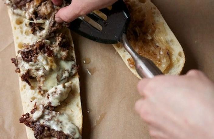 Как приготовить филадельфийский сырный стейк в домашних условиях: рецепт с пошаговыми фото