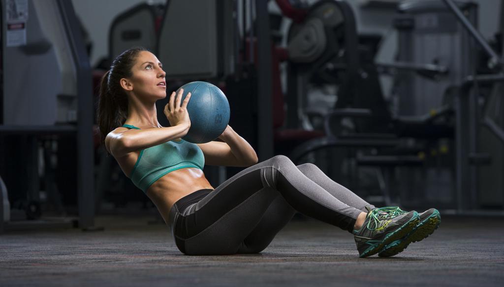 Плиометрика, суперсет, изометрия: расшифровка распространенных, но сбивающих с толку фитнес-терминов