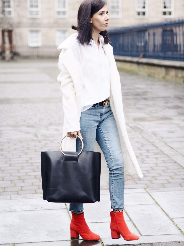 Модный провал: весенняя обувь, которая сильно полнит ноги