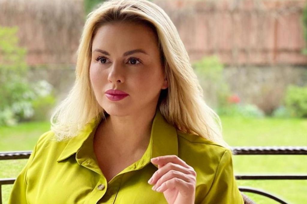 Стамбул очаровал Анну Семенович, поэтому она решила приобрести недвижимость в Турции