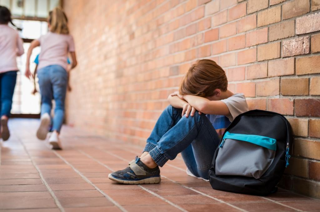 Как защитить ребенка от сверстников, которые обижают: учим игнорировать и не только