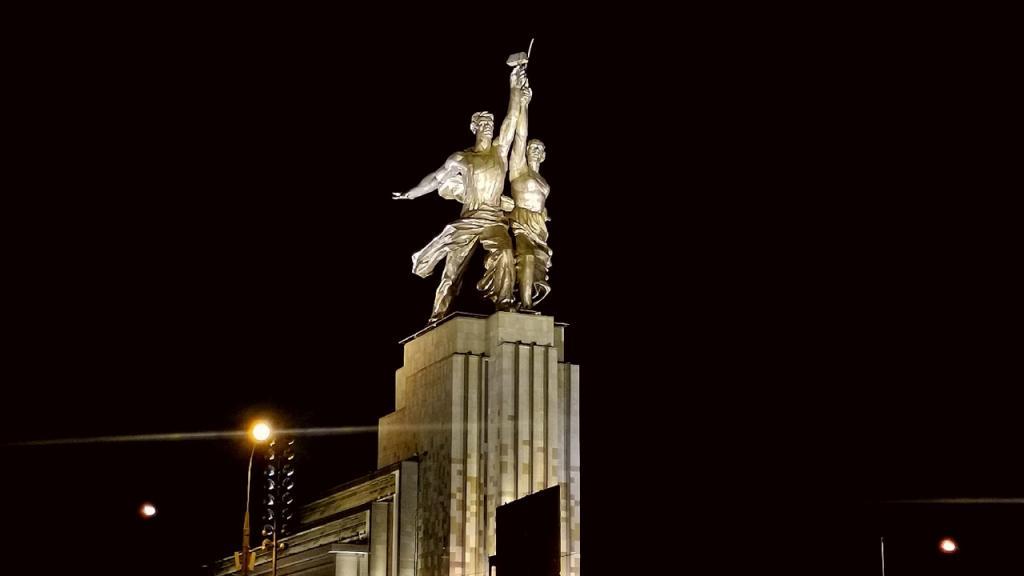 """Останкинская телебашня и ВДНХ тоже: где в столице погаснет свет в """"Час Земли"""""""