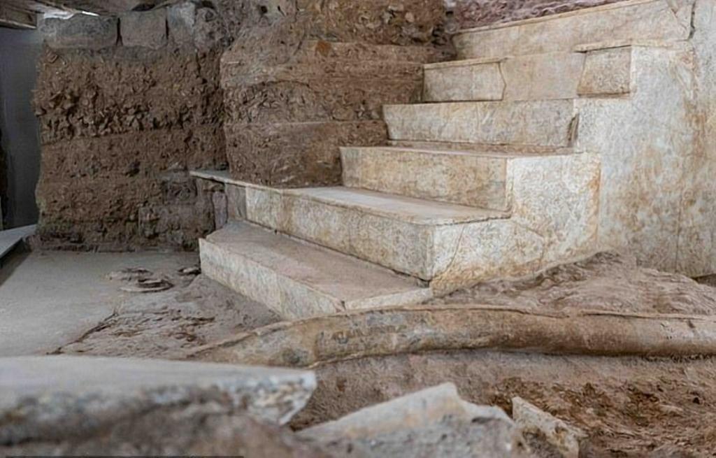 Как жил римский император Калигула, расскажет Музей нимфея, открытый в его роскошном дворце