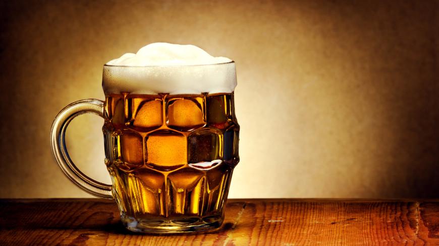 Кружка пива и молоко: два простых средства для ванны, которые помогут через неделю сделать кожу идеальной