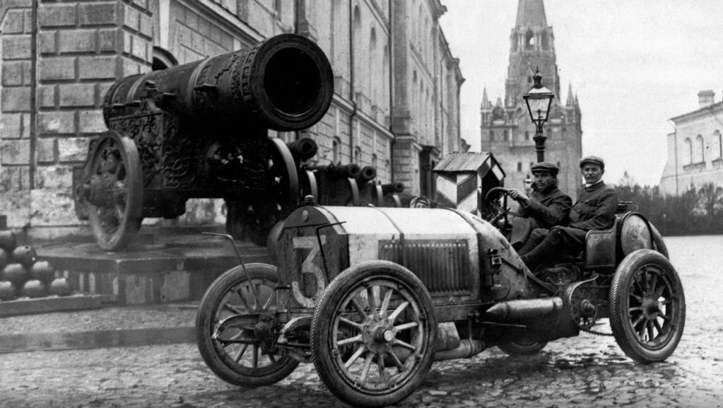 120 лет назад началась история автомобилей Mercedes: как выглядели первые представители культовой марки (фото)