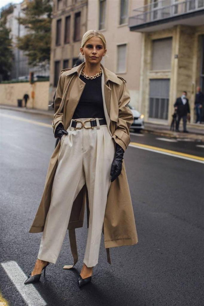 Черный, конечно, привычнее и практичнее, но все же надоел: трендовые модели светлых брюк на весну и как их носить, чтобы выглядеть стройнее