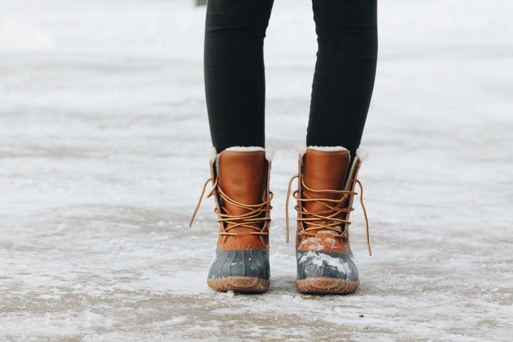 Здоровье стоп: почему из-за каблуков может болеть голова