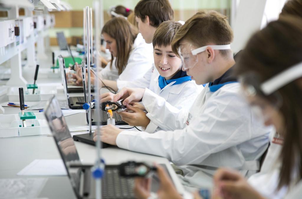 Школы будущего сейчас: флипчарты, эквалайзеры и другие обновления перечня школьных средств образования и воспитания
