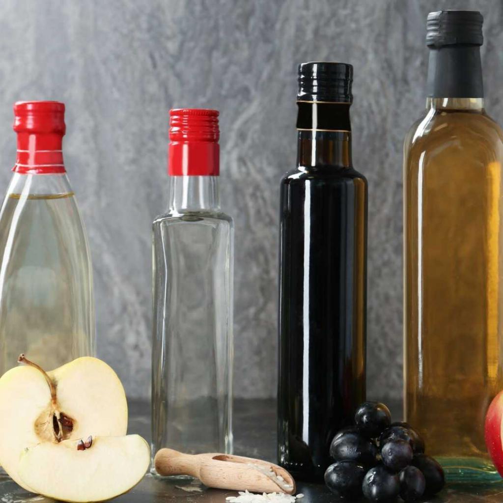 Правильно варить и знать меру: диетологи рассказали о пищевой пользе бульона и уксуса