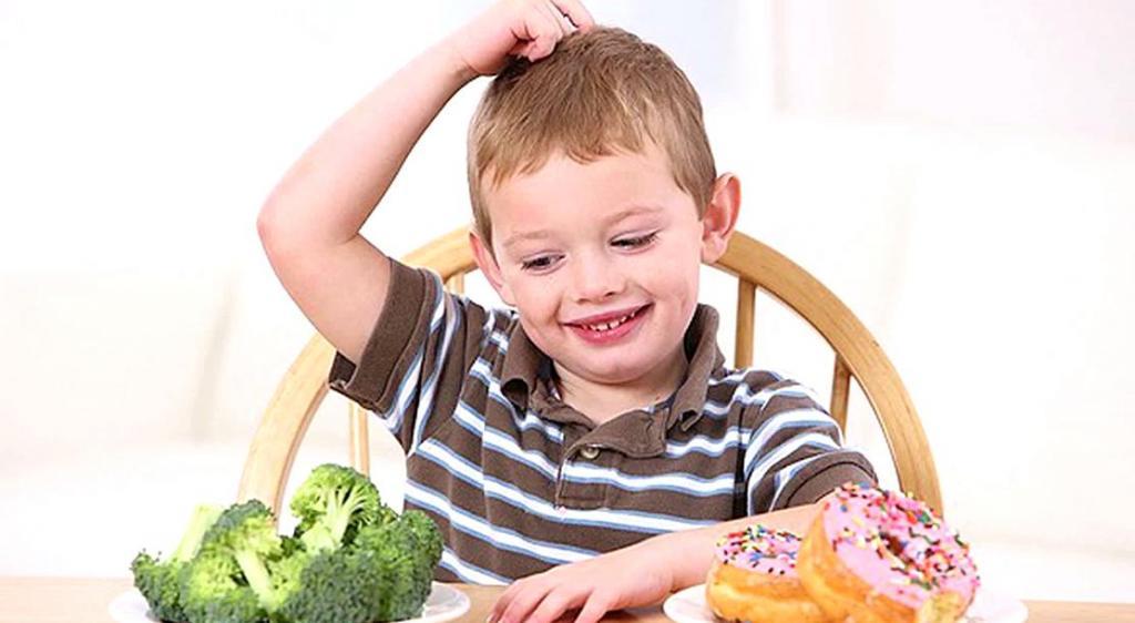 Врачи считают, что неправильное питание в детстве может негативно сказаться на формировании личности