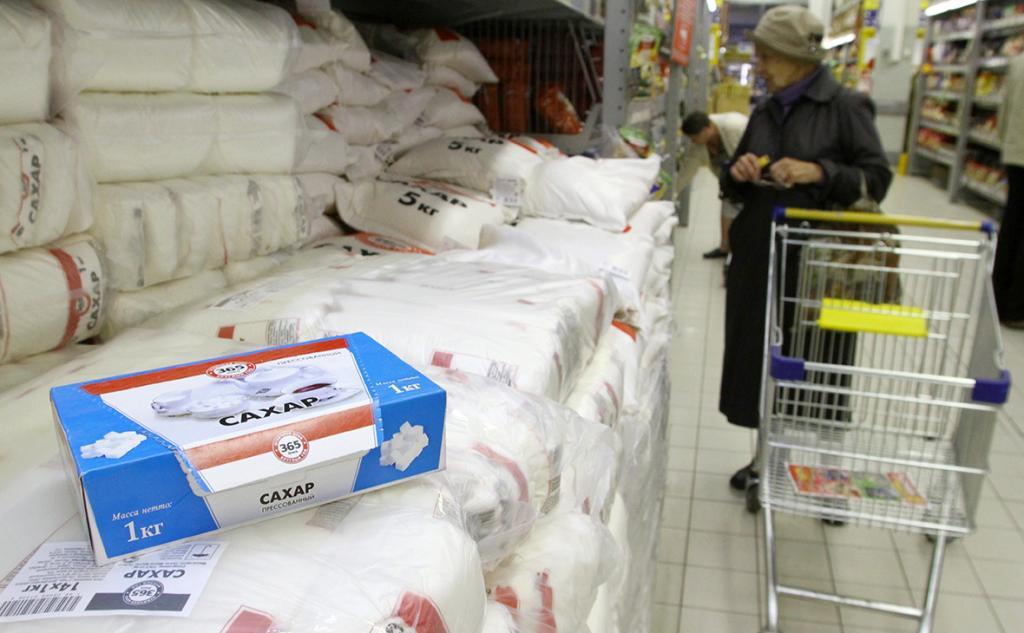 Россиянам сообщили, что цены на масло и сахар пока подниматься не будут