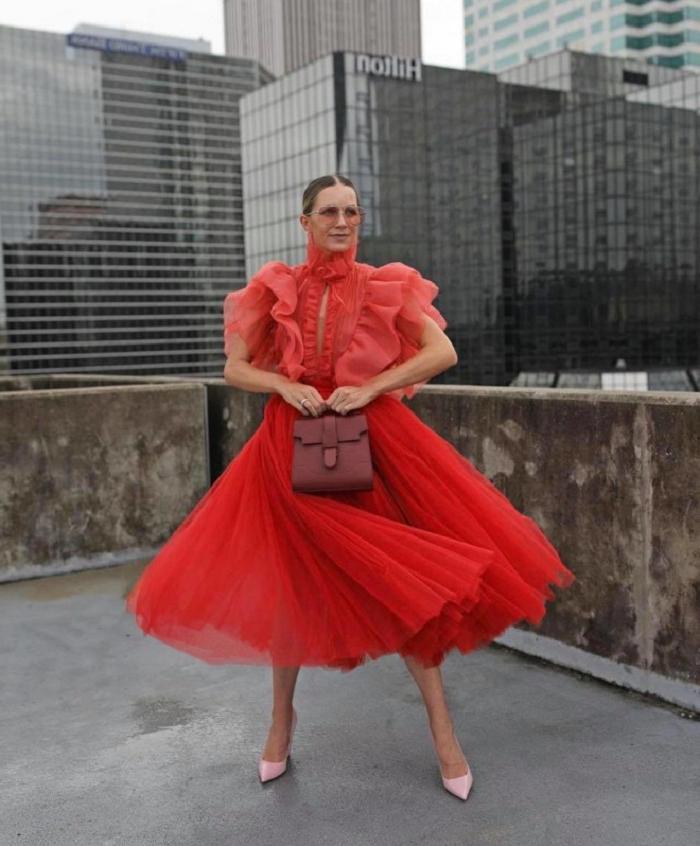 Горячий красный и энергичный мятный: какие цвета будут в тренде весь 2021 год