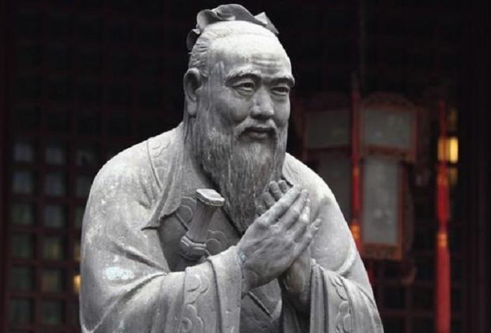 Однажды Конфуция спросили, почему за зло нужно платить добром, но он задал встречный вопрос