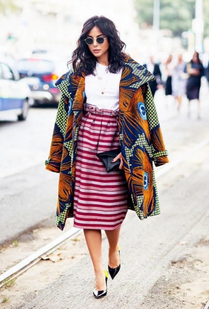 Для создания яркого красочного образа: как сочетать цветные принты в весенней одежде (советы и модные примеры)