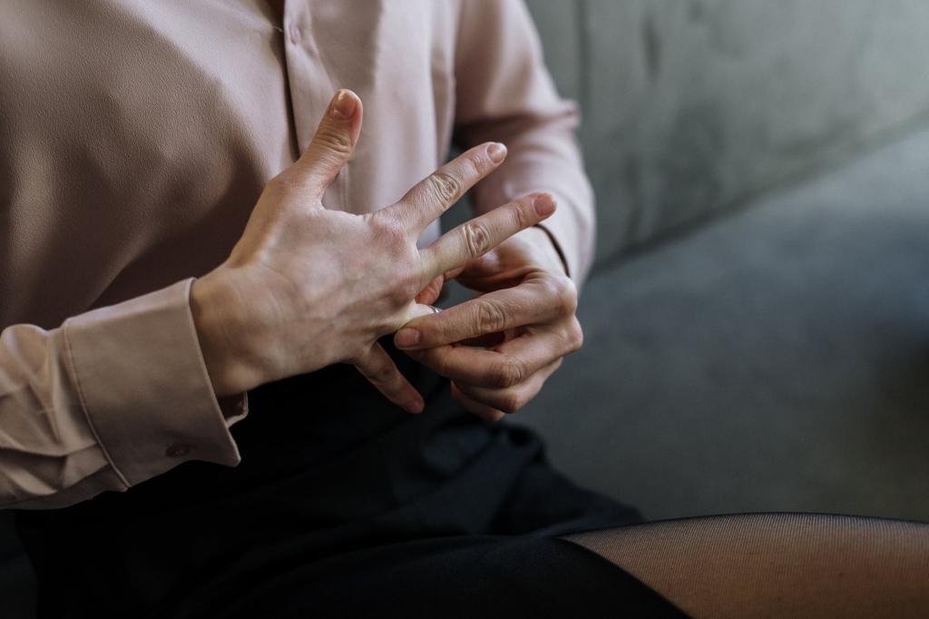 Карьера, финансы, обязательства: причины, по которым некоторые люди не спешат с браком