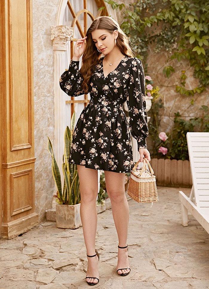 Офисное, макси и с открытой спиной: платья с длинными рукавами идеально подойдут стильным женщинам весной