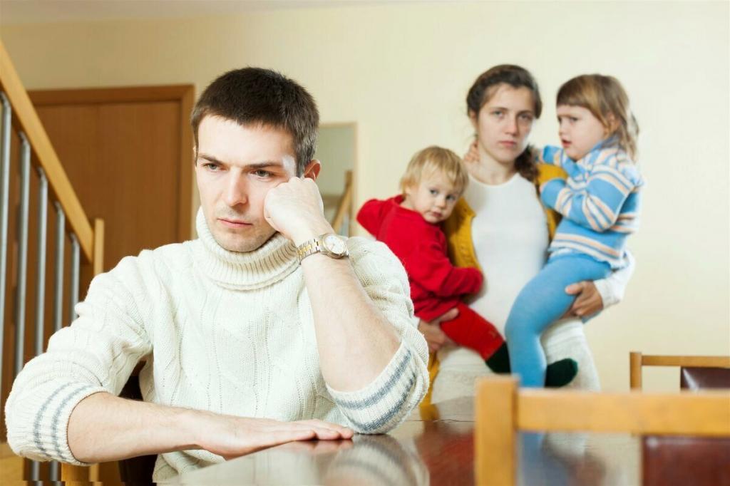Как избежать развода в браке: 4 типа поведения, которые в 90 % случаев разрушают даже крепкие отношения)