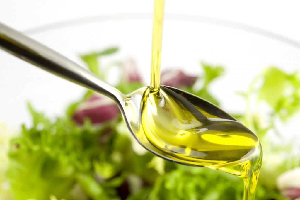 Фигуре не вредит и лучше, когда дороже: диетолог развеяла распространенные мифы о растительном масле