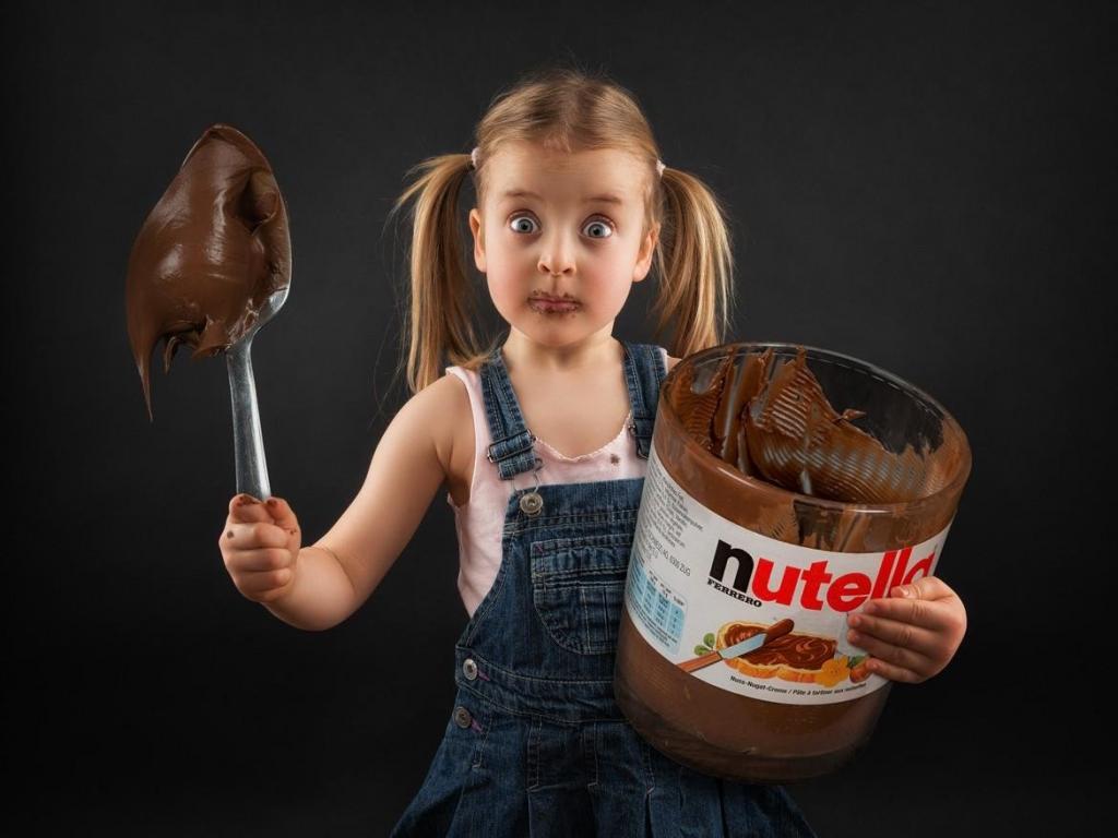 Чрезмерное употребление сахара влияет на развитие мозга у детей. Так, ребенку от 11 лет можно не более 30 г продукта в день