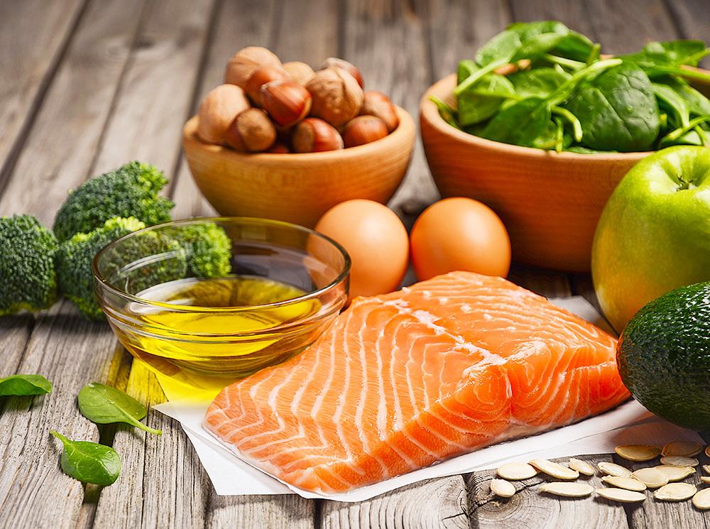 Сыр и масло: врач назвал продукты для сердечно-сосудистой системы