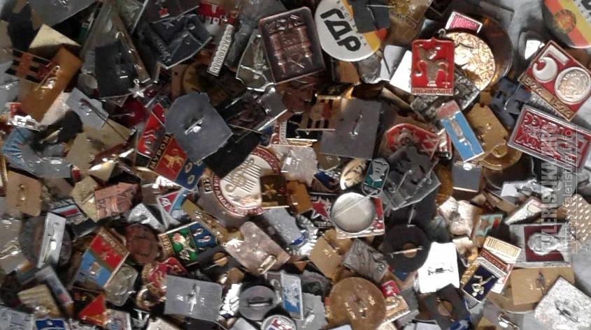 Аналитики узнали, какие предметы чаще всего коллекционируют россияне. Статуэтки и фигурки собирают 11% опрошенных