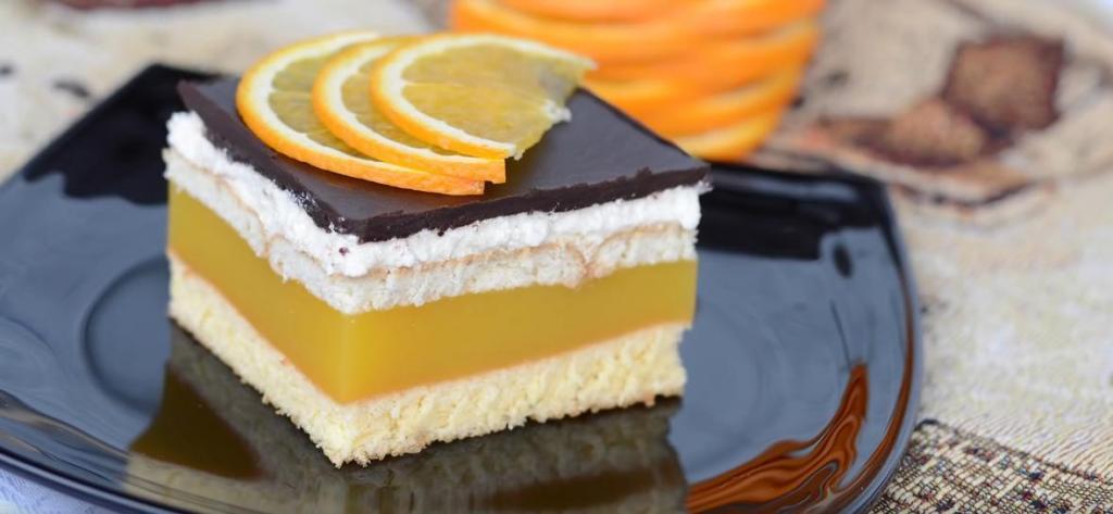 Бисквитно-апельсиновый торт с кремом и шоколадной глазурью: рецепт по-весеннему яркого десерта