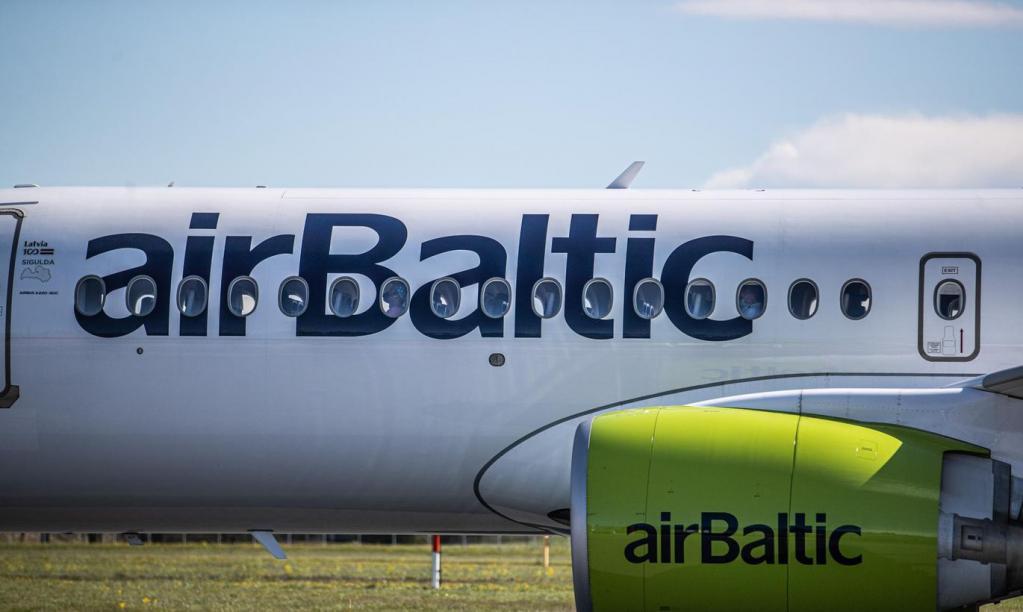 Авиакомпания airBaltic возобновляет рейсы между Ригой и Санкт-Петербургом