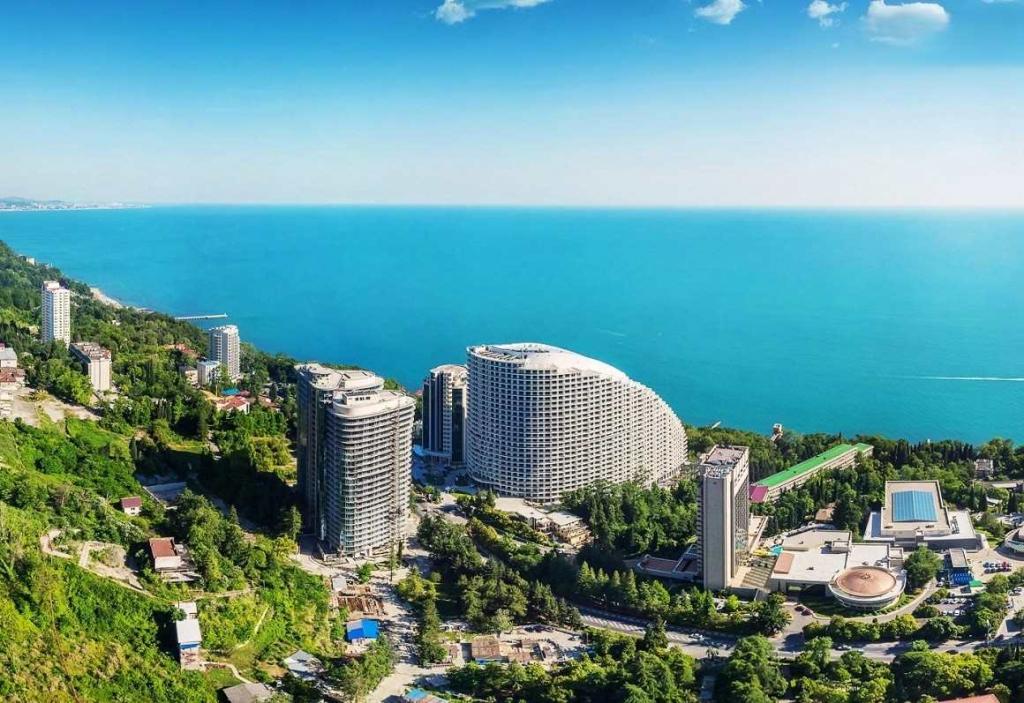 Россияне сравнили отдых в Сочи с отпуском в Монако, но дело не в уровне сервиса и комфорта