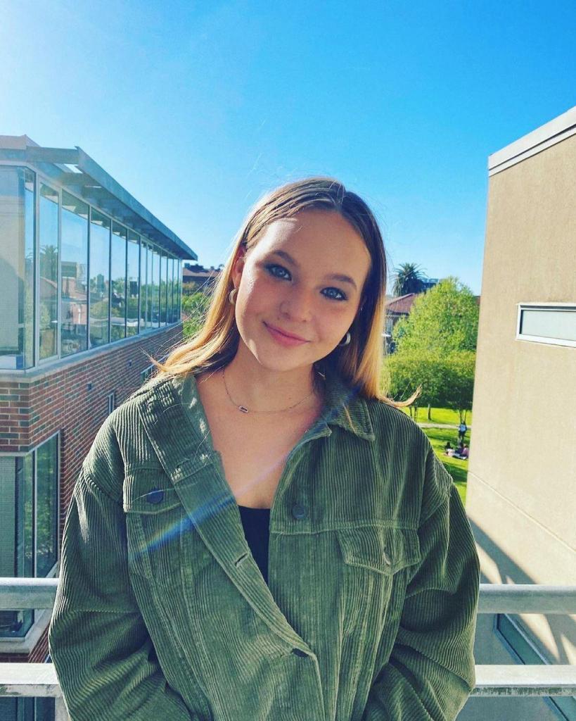 """""""Американская"""" дочка: 20-летняя дочь Сергея Жукова живет в США. Как складываются их отношения"""