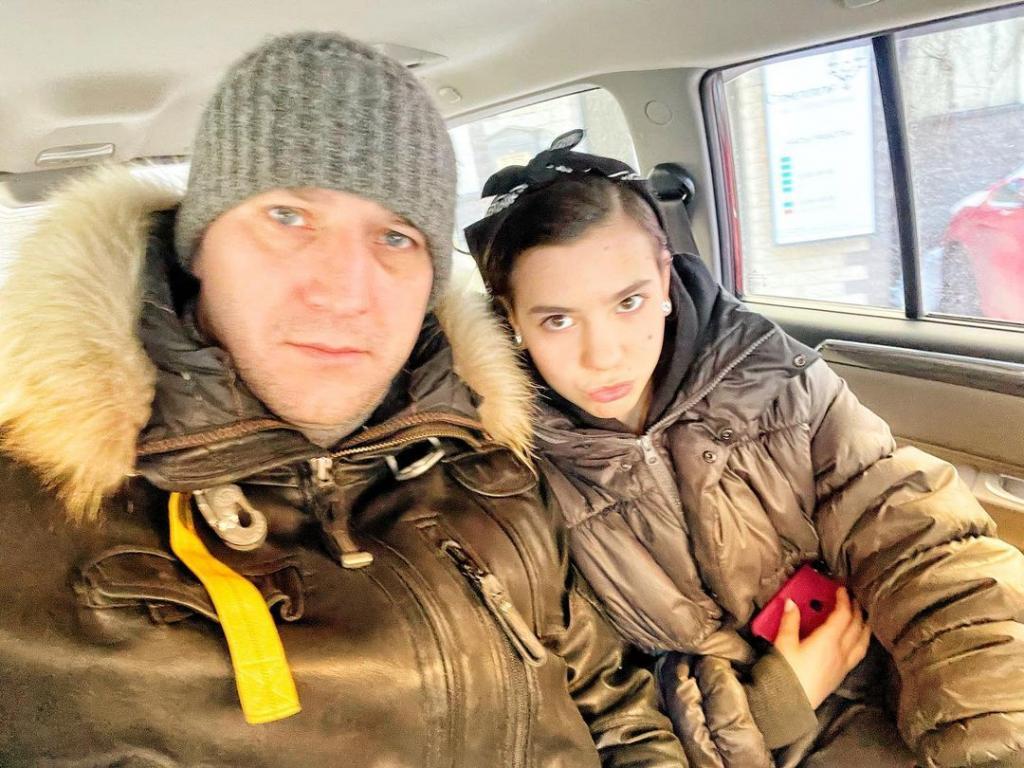 Дочь - главная женщина в жизни холостяка Устюгова: чем еще увлечен актер