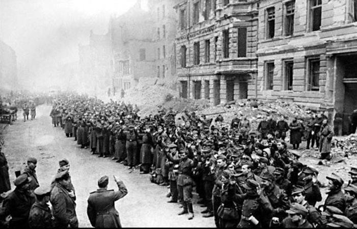 Как заканчивалась Великая Отечественная: десять исторических снимков последних дней войны
