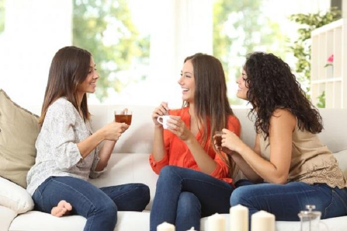 Как стать гостем, которого захотят пригласить еще: помощь по дому и другие советы