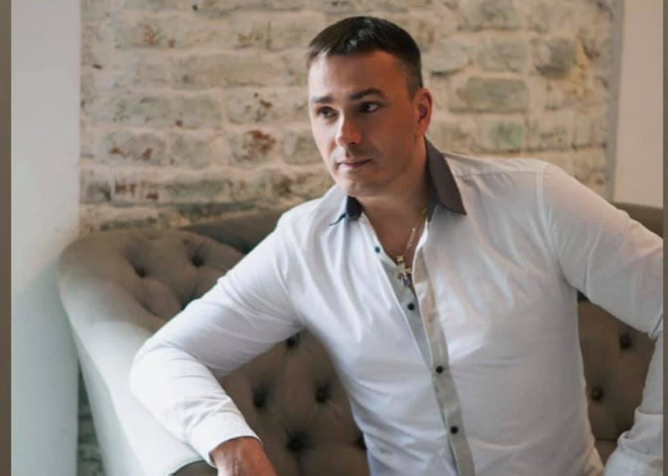 «Темненькому из Иванушек» уже 50: чем сейчас занимается Кирилл Андреев