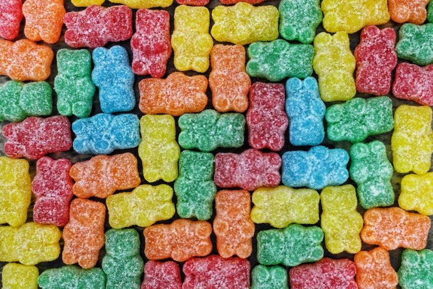 Зачем жарить зефир и почему попкорн лопается, а шоколад тает во рту: наука о сладостях