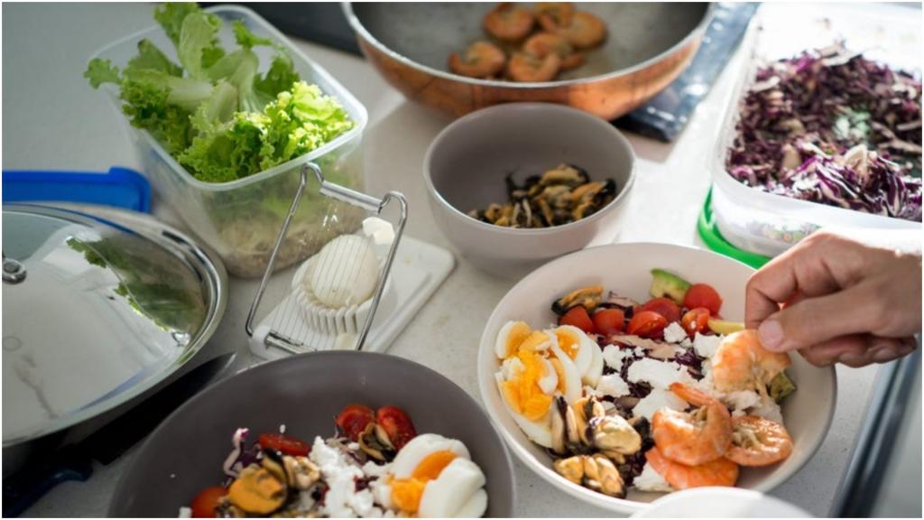 Если ожидаются перемены в жизни или постоянный стресс: кому противопоказана кето-, или низкоуглеводная, диета